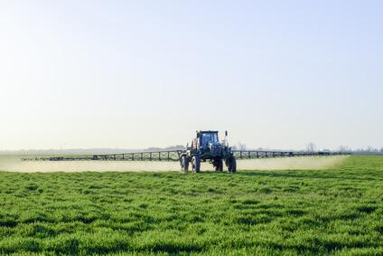 https://www.fnath.org/wp-content/uploads/2018/03/pesticides.jpg